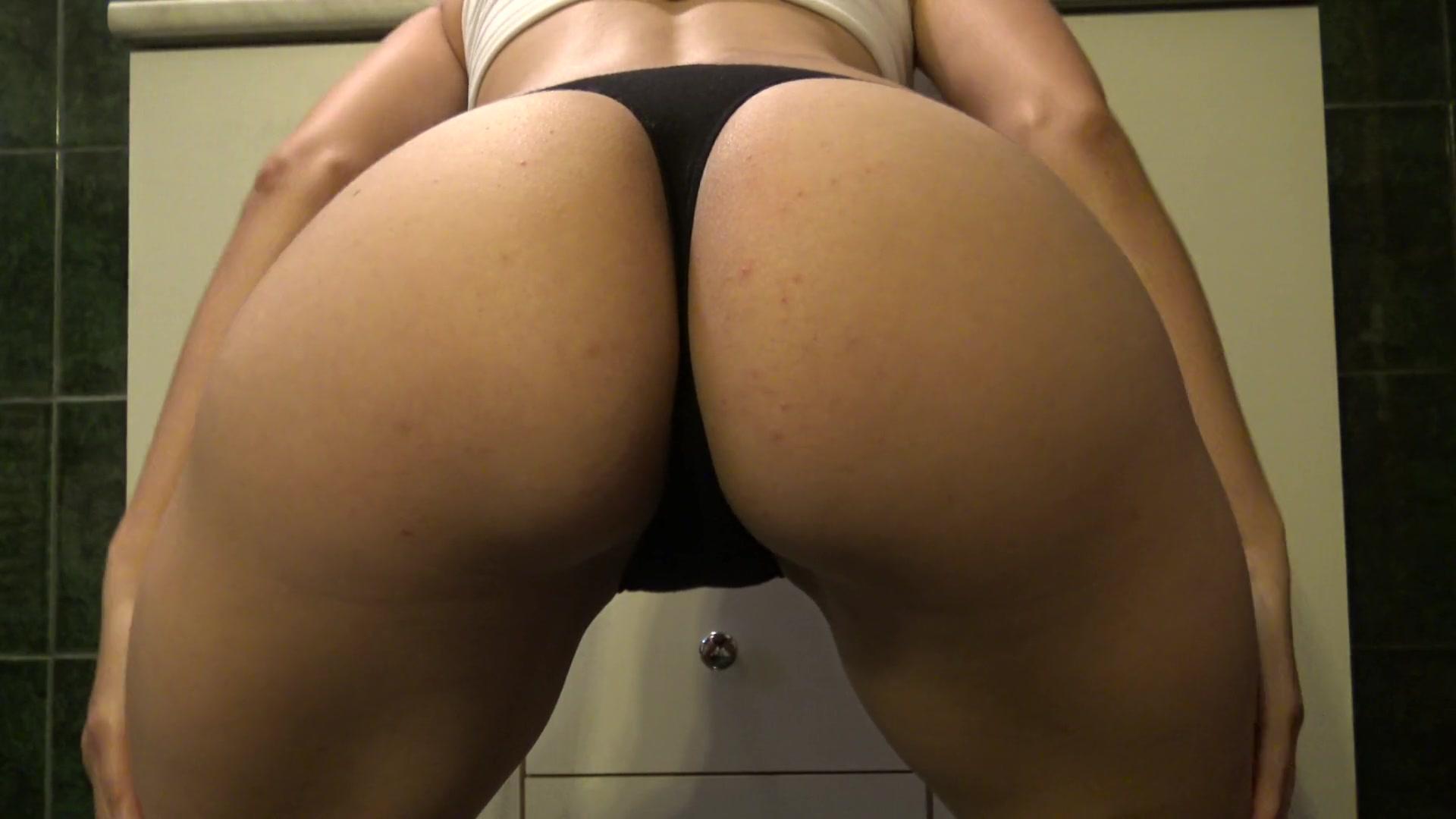 Bubble big butt in panties Bubble Butt Teen Peeing In Black Panties 4k Big Ass Tease Panty Pissing Filtercams